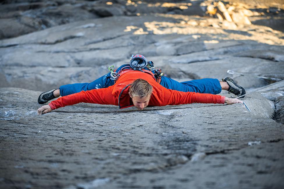 patagonia_climbing