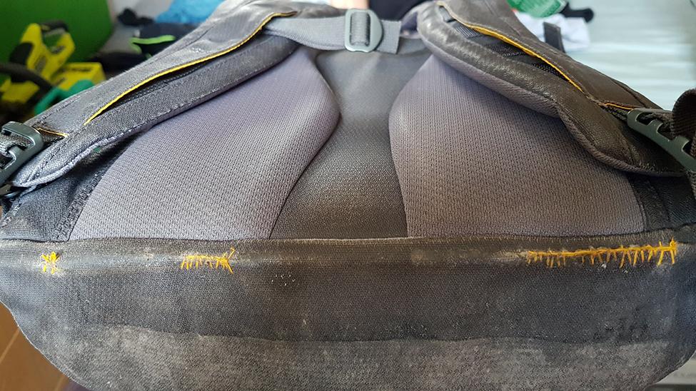 opravený batoh