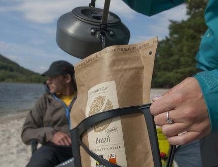 Coffeebrewer Grower's Cup – skvělá káva na cesty