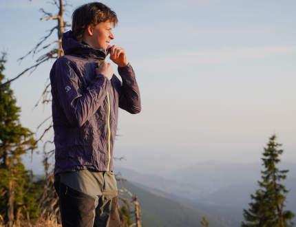Recenze ultralehké záložní bundy Direct Alpine Cyclone