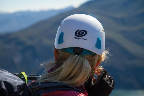 Ako vybrať horolezeckú prilbu