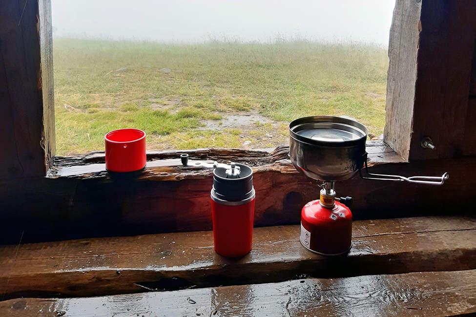 kafe v útulně v Krkonoších