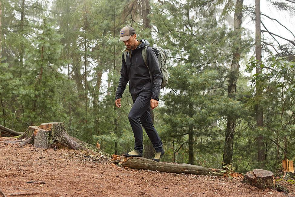 treking v lese