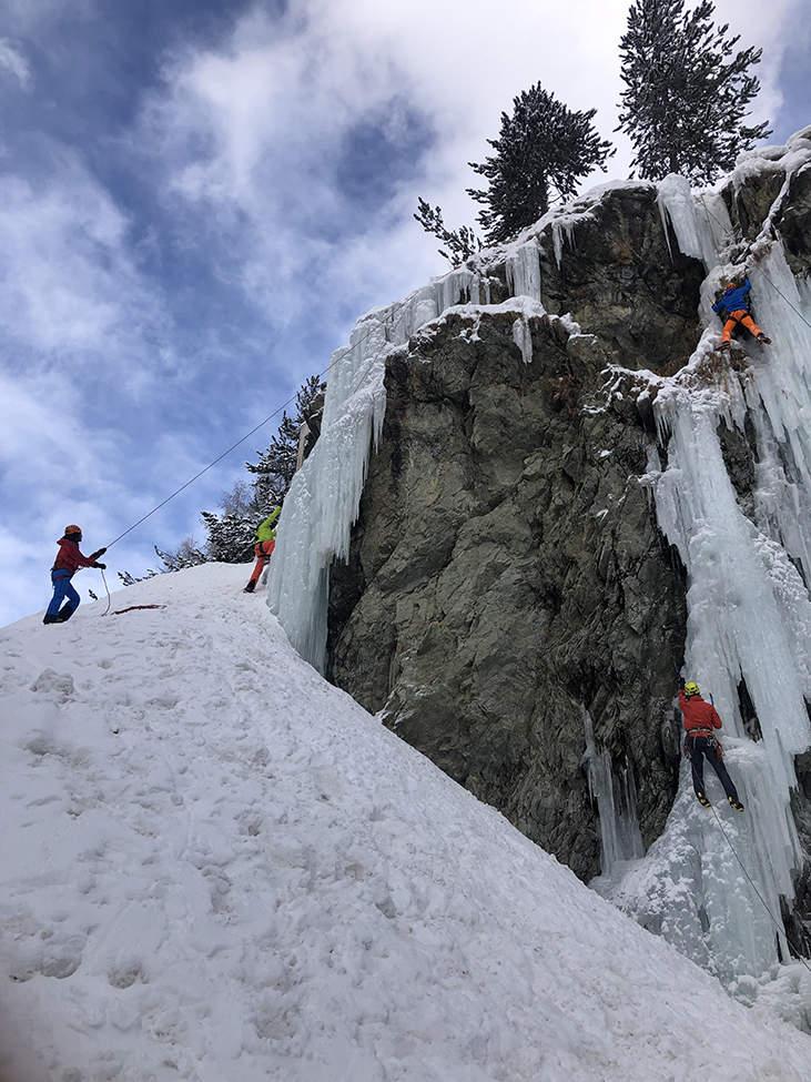 ledová stěna Alpy