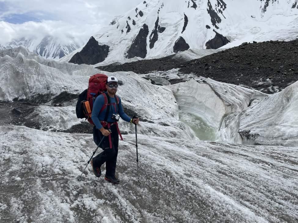 IMG_2343_Martin při přechodu ledovce na ceste z BC
