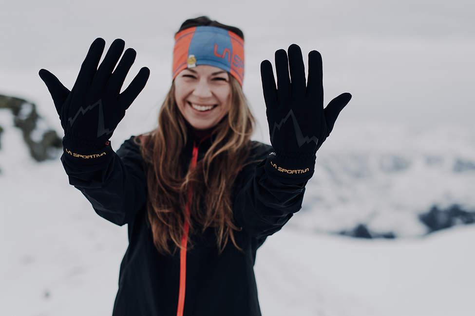 zimní turistika rukavice